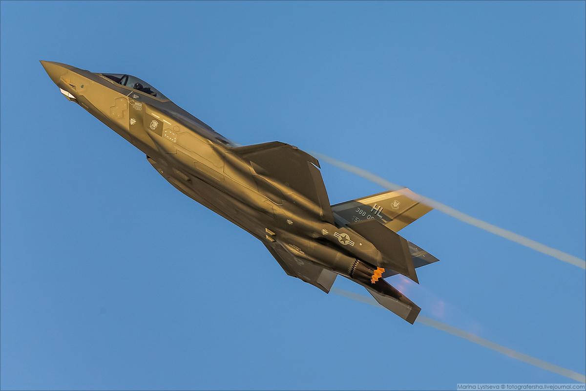F35 06