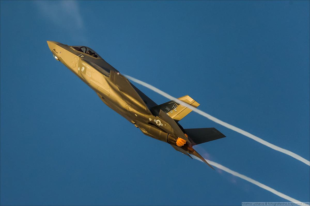 F35 07
