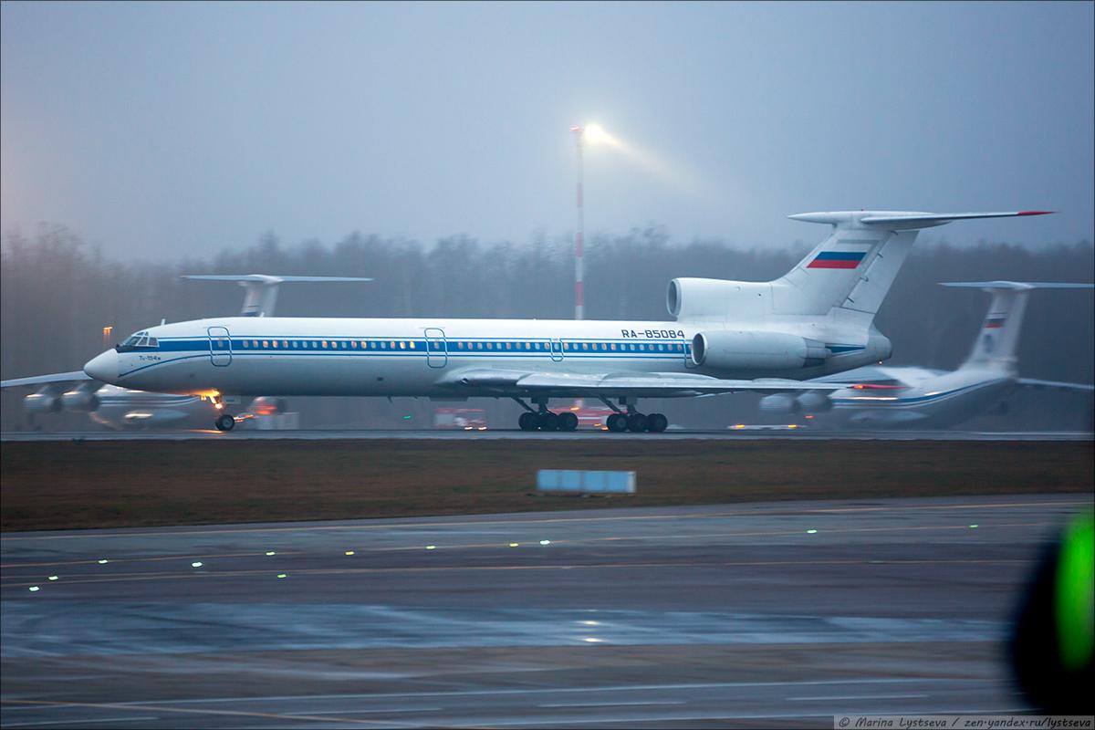 Tu-154 2