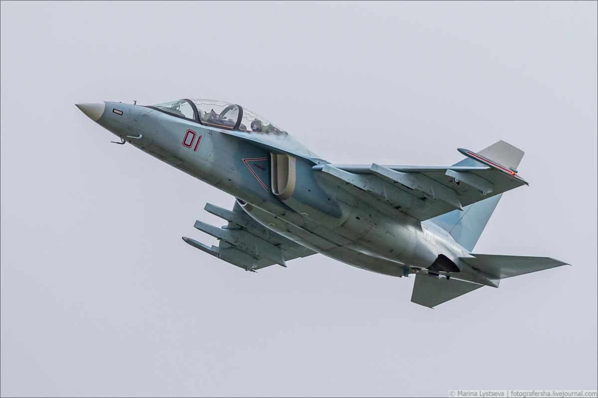 Yak-130 01