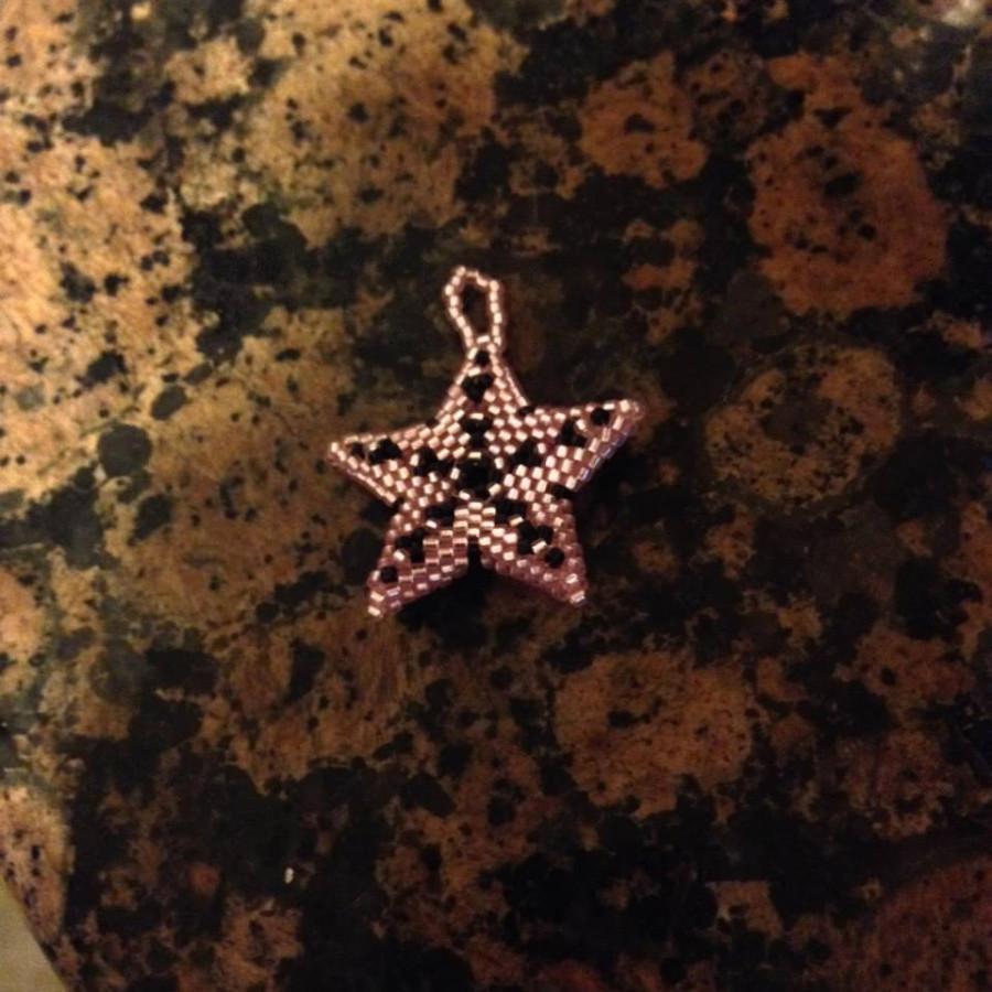 pink n black star