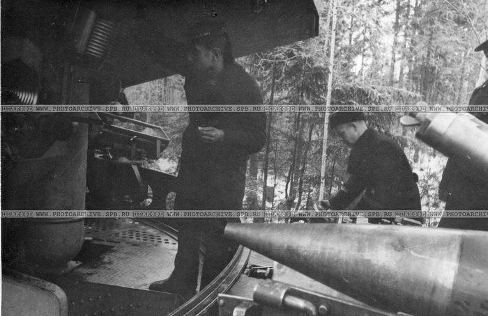 Железнодорожный артиллерийский транспортер ТМ-1-180