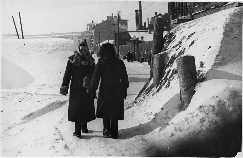 Баррикада на Балтийской улице. 1942 г.