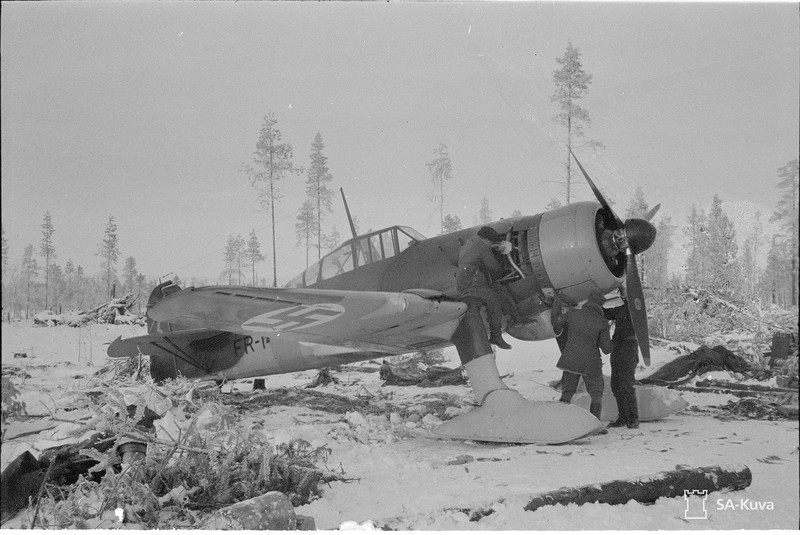 Tiiksjärven lentotukikohta 1941.11.01