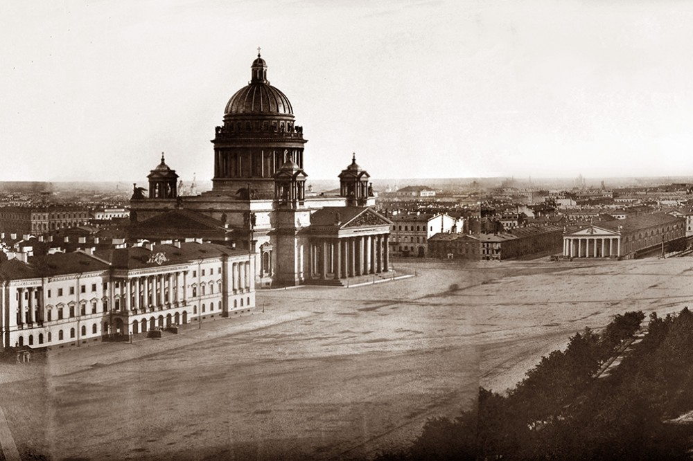 Часть круговой панорамы Петербурга
