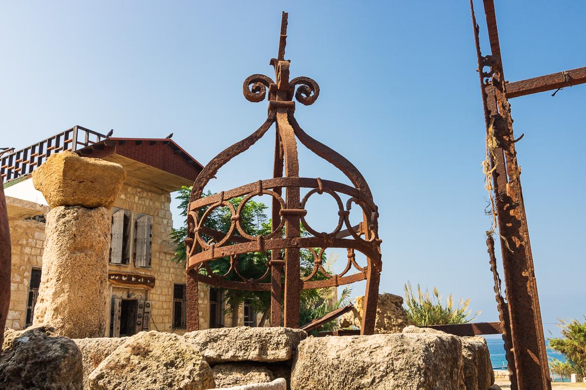 Микро-государство хиппи на границе с Ливаном