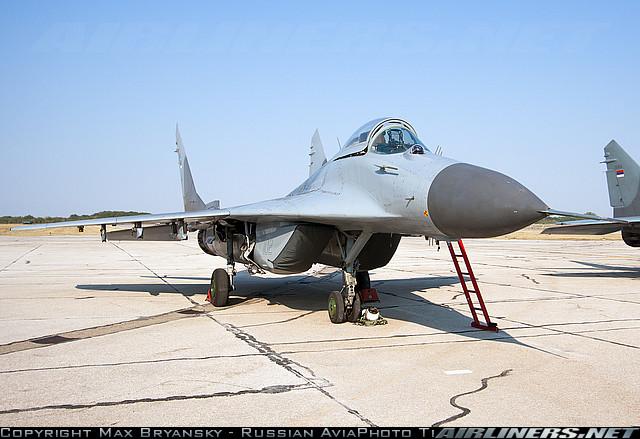 Миг-29 сербских ввс