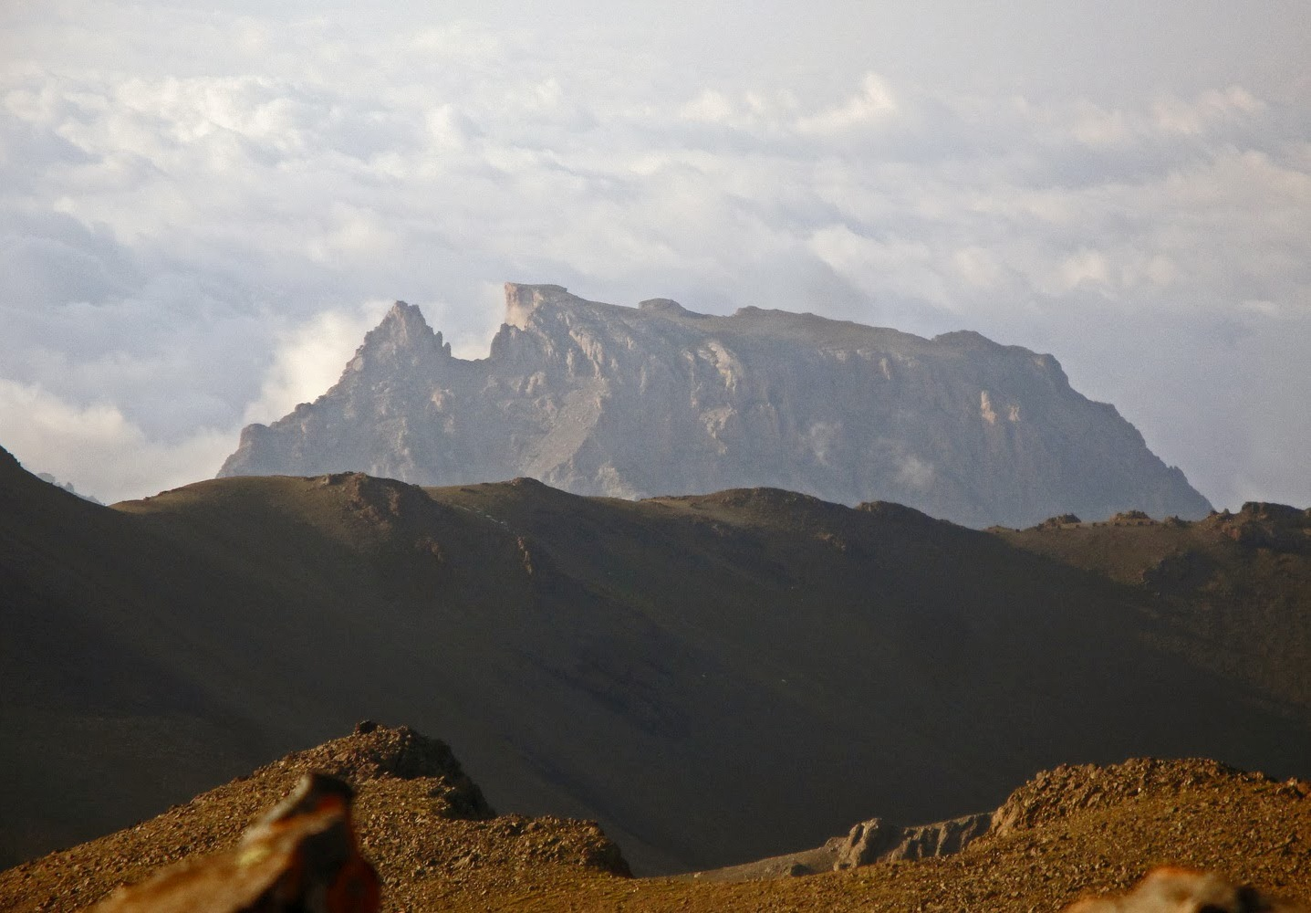 Mount_Kyapaz,_view_from_Mount_Gomshasar,_2013.08.13_(01)_1
