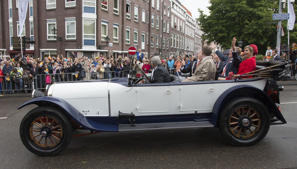 King+Willem+Alexander+Wife+Visit+Zeeland+r5bLR7uoEYNl