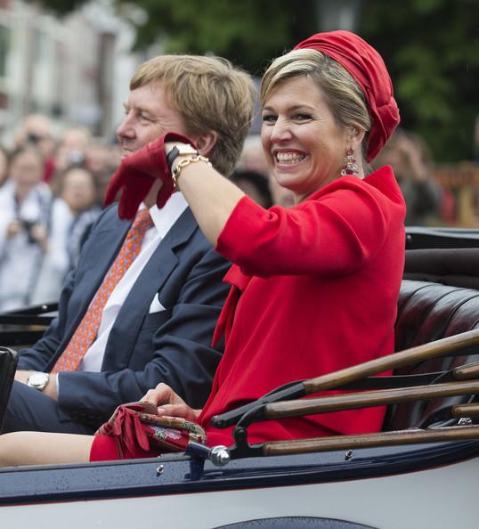 King+Willem+Alexander+Wife+Visit+Zeeland+GFQx0vfdQ8el