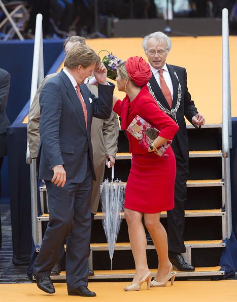 King+Willem+Alexander+Wife+Visit+Zeeland+uyPDWLHtWsCl