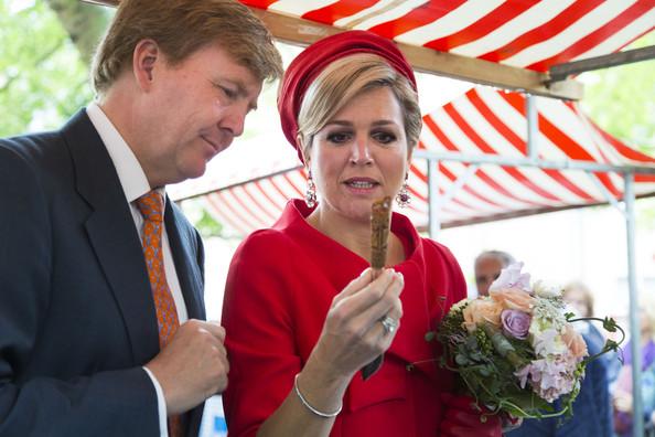 King+Willem+Alexander+Queen+Maxima+Netherlands+KHYpGMyWnmPl