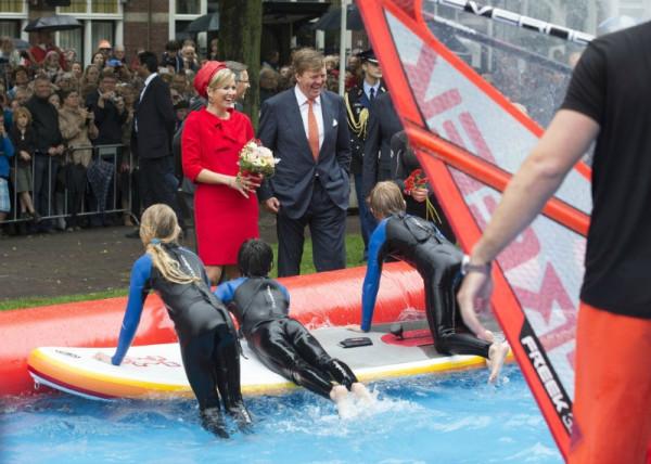 King+Willem+Alexander+Queen+Maxima+Netherlands+Ak8ulGHzKqix