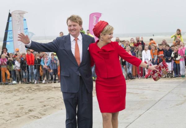 King+Willem+Alexander+Queen+Maxima+Netherlands+T6Udkp3UZMEx