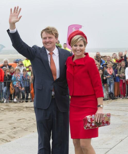 King+Willem+Alexander+Queen+Maxima+Netherlands+Bk5N5yDh7Sgx