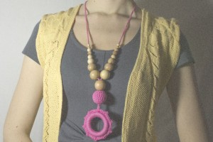 Слингобусы розовые с подвеской-кольцом 1