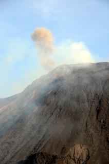 День десятый. Вулкан Стромболи. Вид с моря