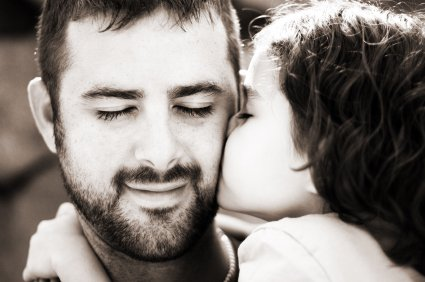 1336136237_fathers-day-daddy-girl