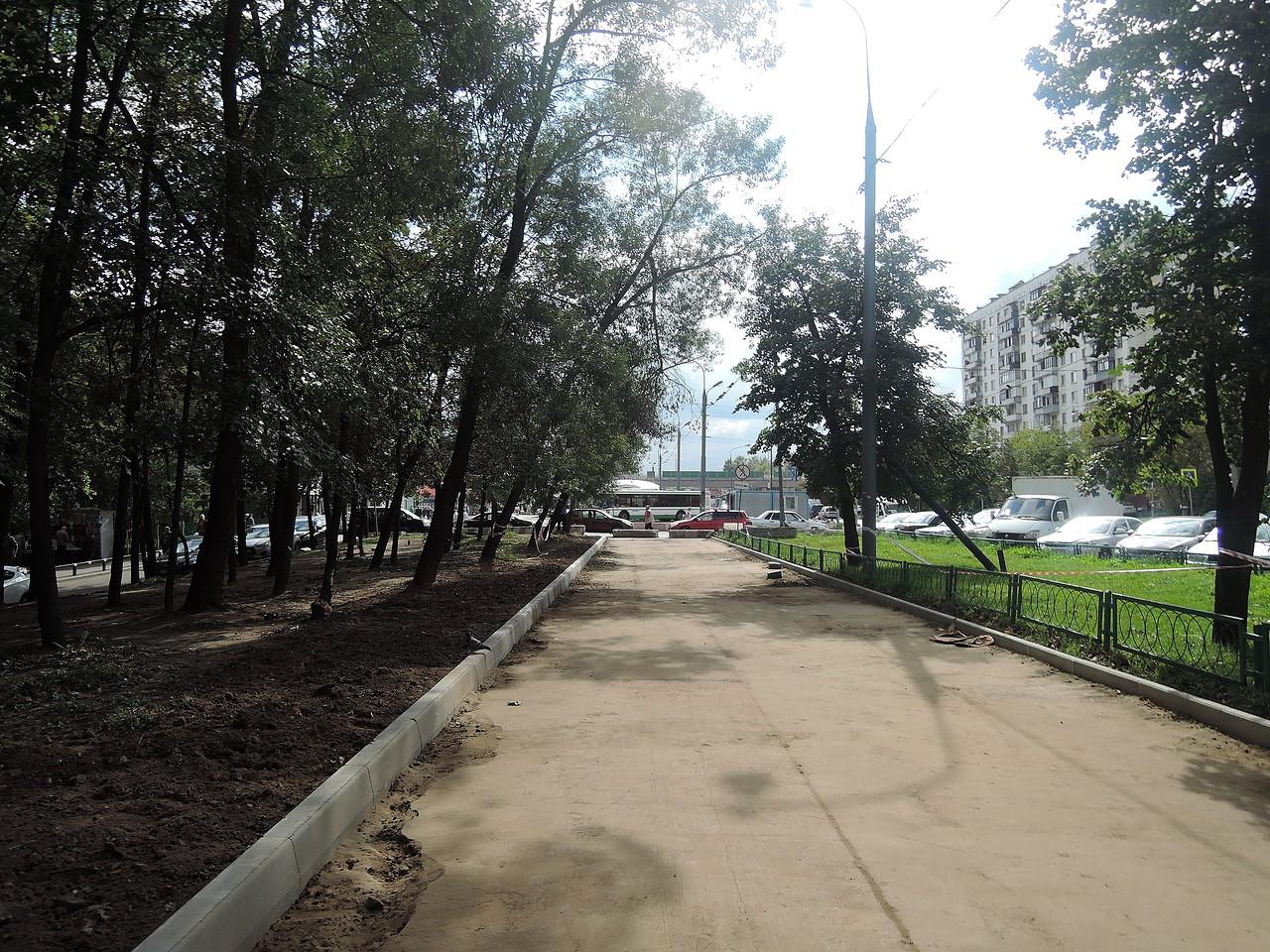 Уральская улица. Ремонт дороги.