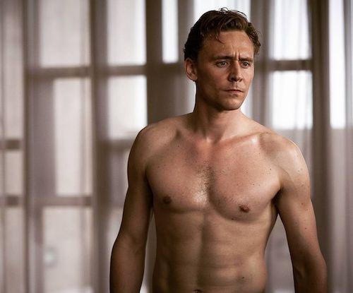 4996ee08aae92dba73e0e26e2e2f0f88-tom-hiddleston-loki-hiddleston-daily (1).jpg