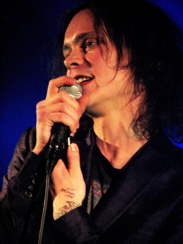 http://pics.livejournal.com/freshxd/pic/00074phh.jpg