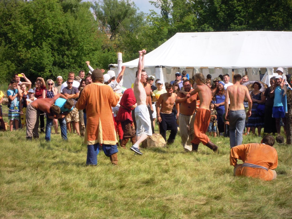 древнерусский футбол