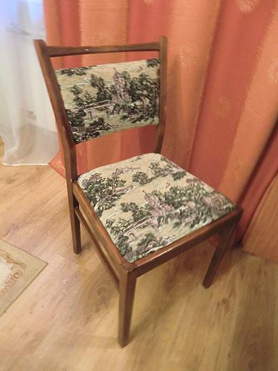 стул новый