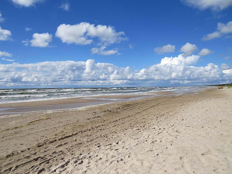 пустой пляж