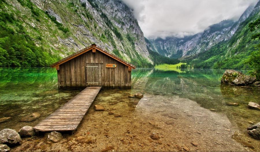 Дом-на-прозрачном-озере