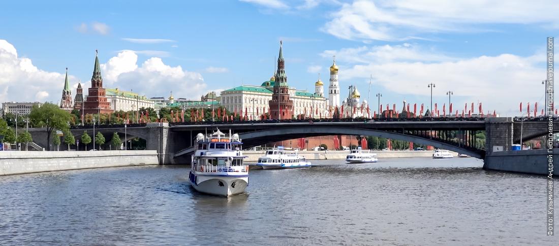 парад речных трамвайчиков открытие навигации на москве реке