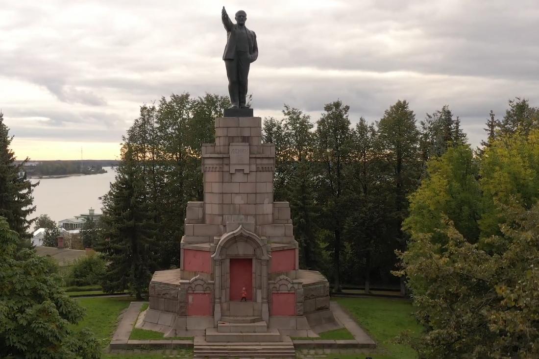 памятник ленину в костроме