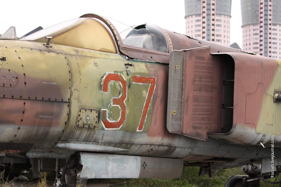 МиГ-23 на Ходынском поле в Москве