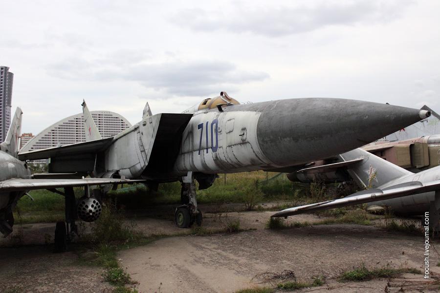 МиГ-25М