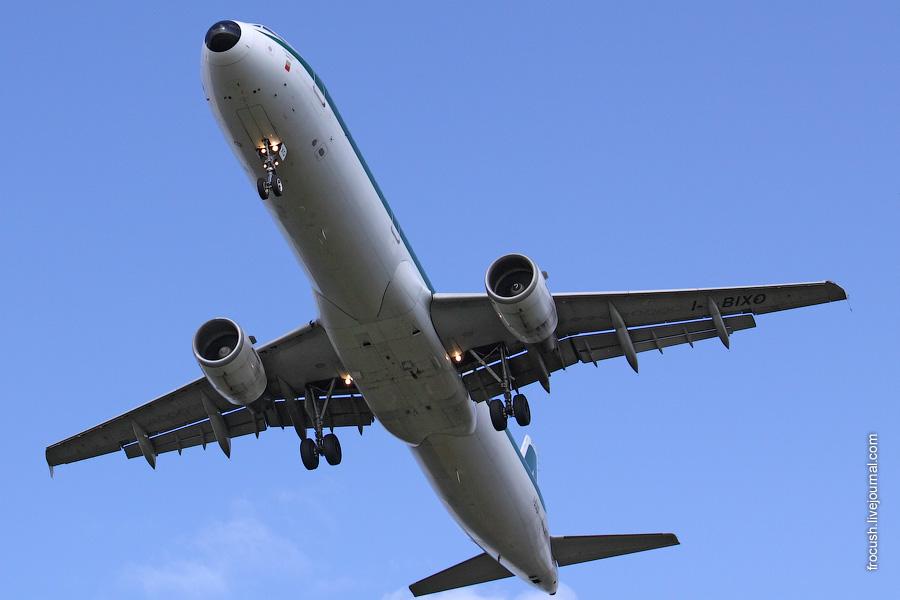 Airbus A321-112 I-BIXO