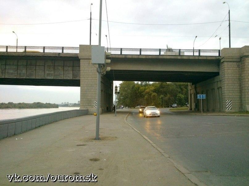 Светофор_под_Ленинградским_мостом