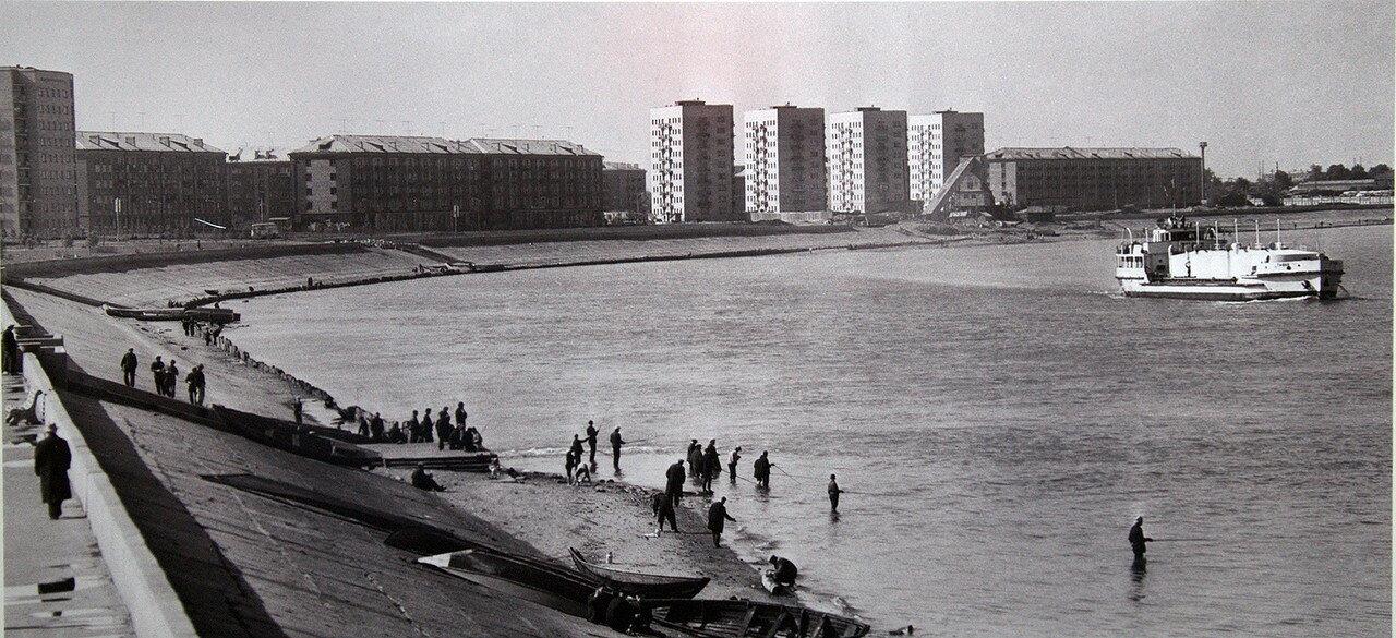 Набережная 1968.jpg