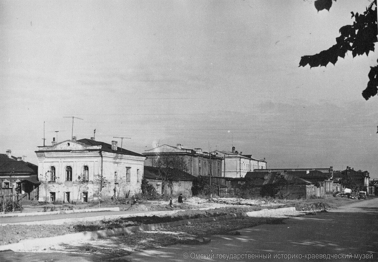 Угол Маркса и Чкалова, 1959.jpg