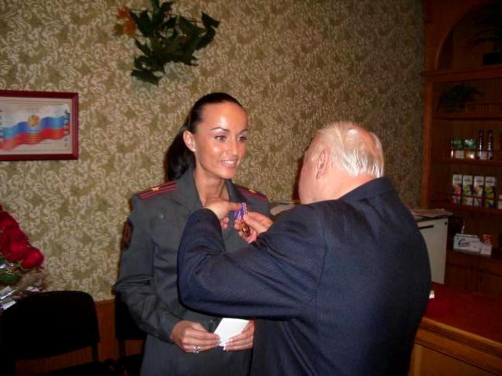 Ирина Волк- буду я точно генералом 1536427