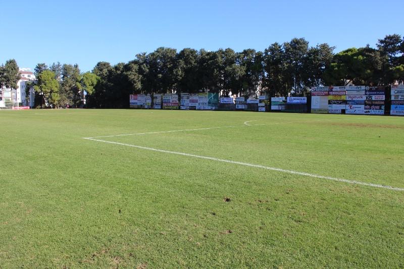 Футбольные поля  polinlugru