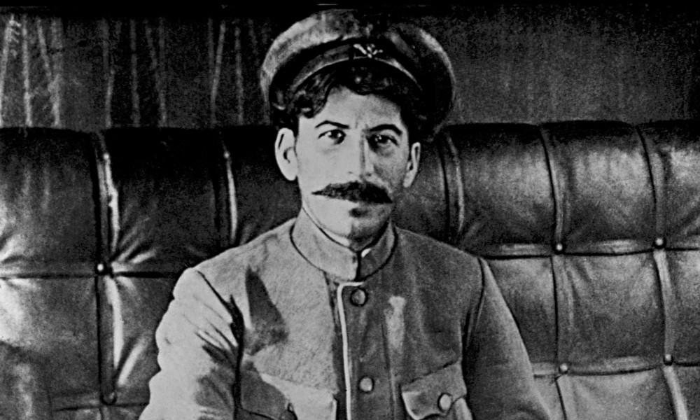 Stalin-at-Tsaritsin---str-014
