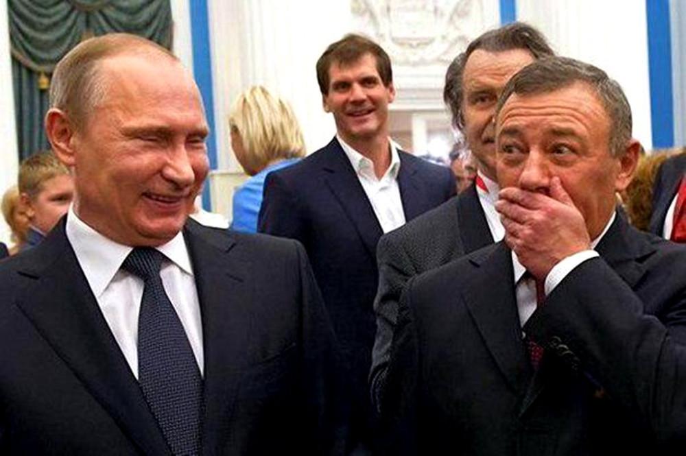 Россия № 2 или как полюбить Аркашу Ротенберга CNQ1YFlWEAIhPS-