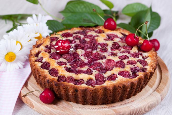 Фото пирог вишневый