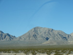 Mountains surrounding the Mojave Desert (2)
