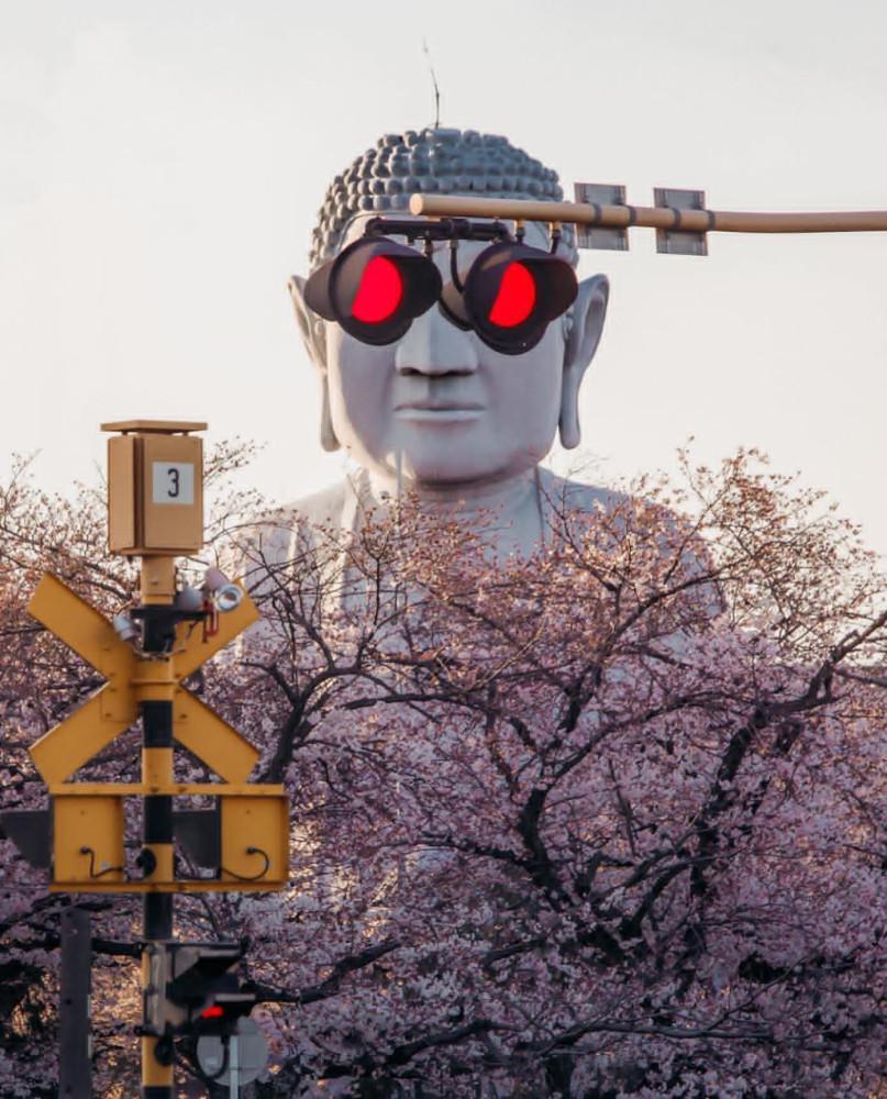 Вроде бы где-то в Японии. (японский фотограф Тацуто Шибата)