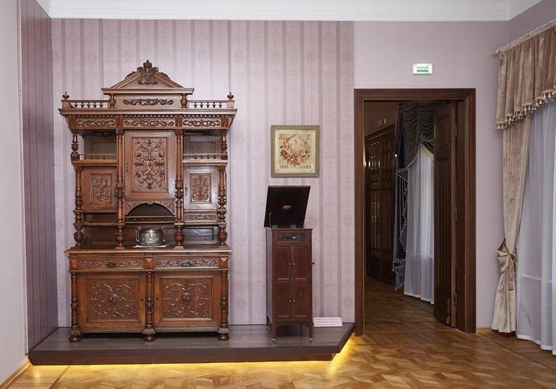 """Зал музея """"Градостроительство и быт г. Таганрога"""""""