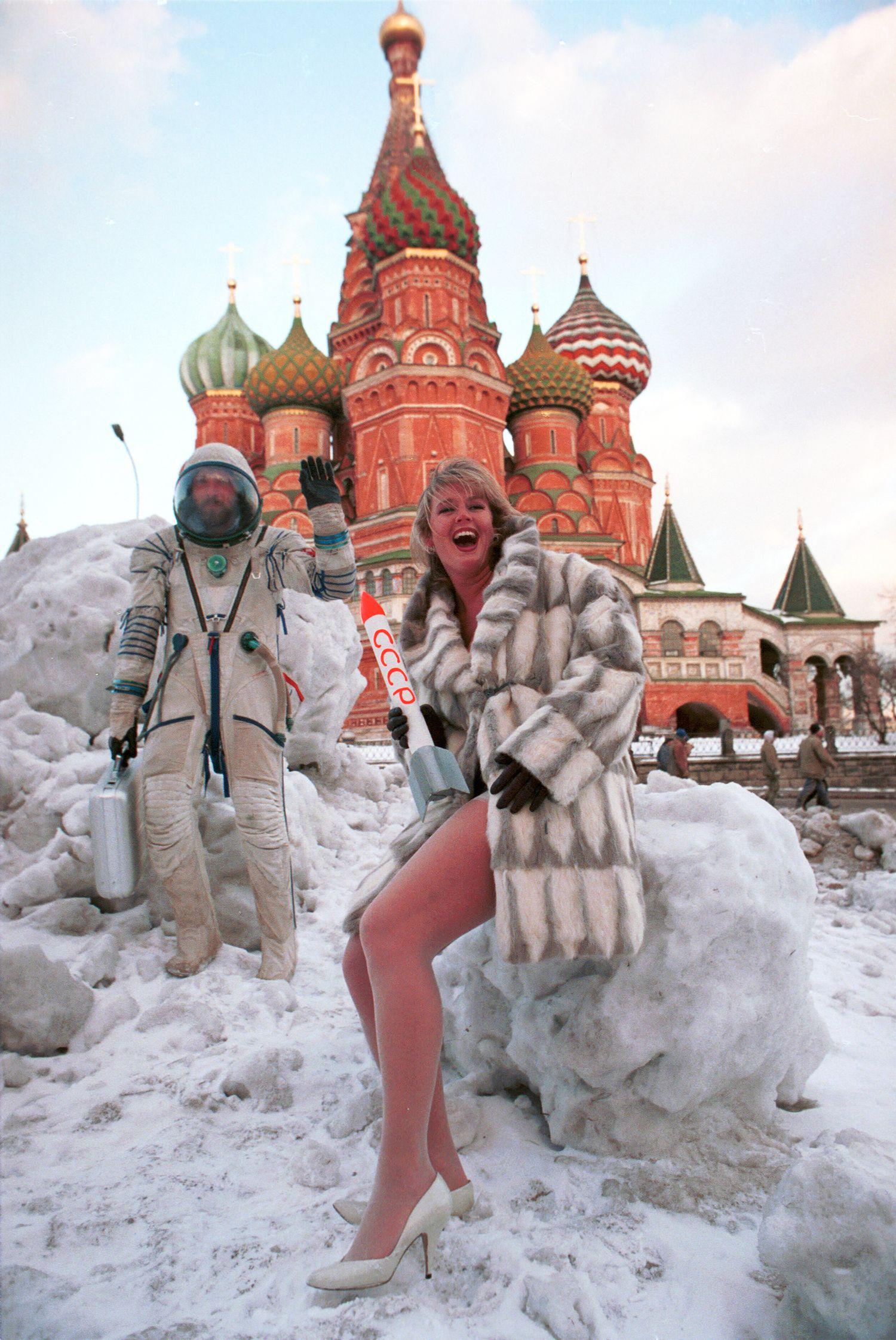 Съемки для мужского журнала «Андрей» на Красной площади, 1994 год, Москва