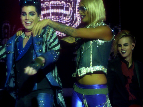 adam, raja, tommy on stage