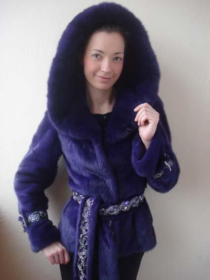 Полушубок из фиолетовой финской норки