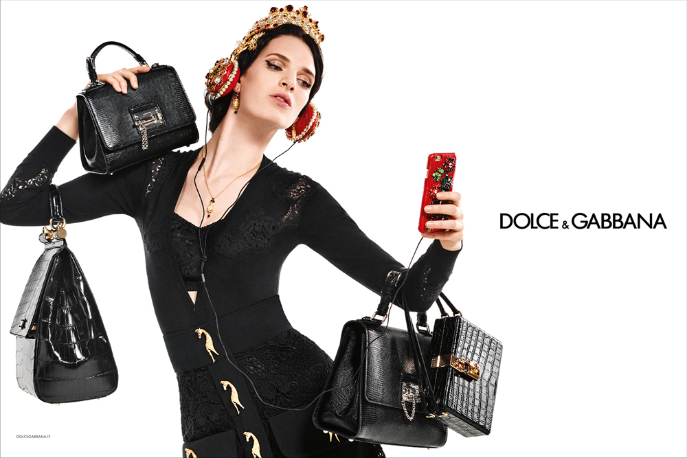 09_dolce-and-gabbana-winter-2016-women-advertising-campaign