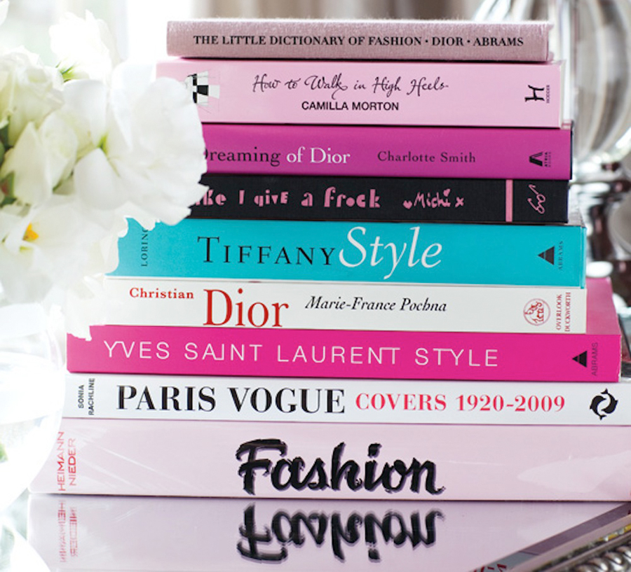 00_fashion books